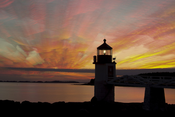 marshall point lighthouse sunset